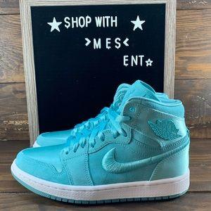 Air Jordan 1 Retro High Womens Shoes